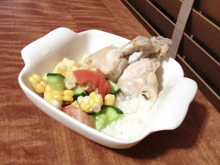 鶏手羽ととうもろこしサラダ