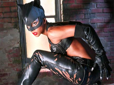 http://file.satyricon.ni-moe.com/catwoman1.jpg