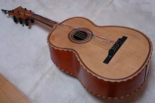 むらちゃんのギタロン
