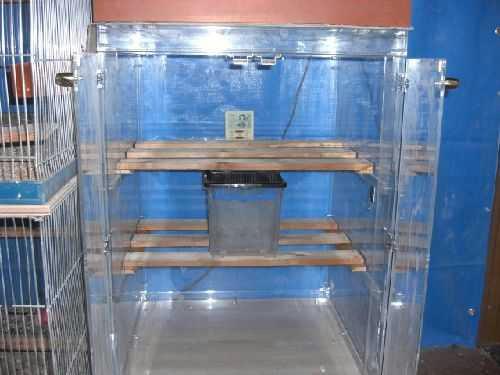 インコ、オウムなど鳥かごのカバー用アクリルケース 保温・防音・脂粉対策 アクリル鳥かご鑑賞ケースご使用例