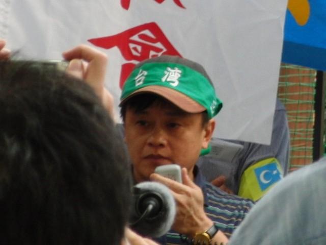 中国政府によるウイグル人虐殺抗議デモ 林建良