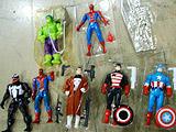 MARVEL SUPER HEROES 1体あたり300円チョイ。全て会場でバリ開け!