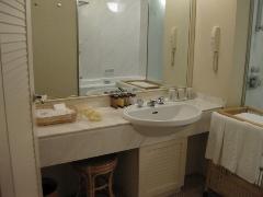 宮崎県 シェラトン・グランデ・オ―シャンリゾート 客室 洗面台1