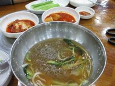 韓国旅行 ソウル1日目 明洞で冷麺