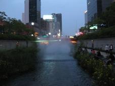 韓国旅行 ソウル2日目 清渓川(チョンゲチョン)