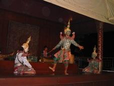 3日目 タイ・バンコク旅行 夕食:レストラン「タイランド・トゥナイト」にてタイ古典舞踊を観賞