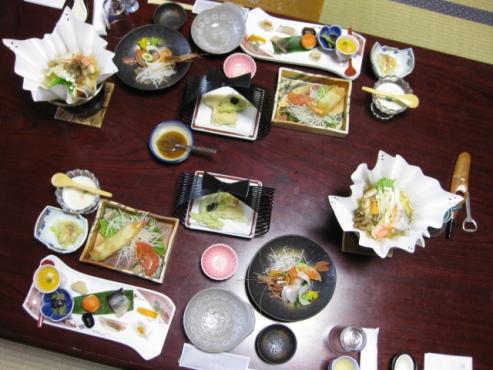 上の湯温泉『温泉旅館銀婚湯』夕食