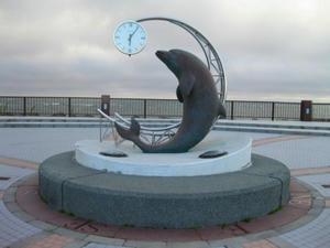 ノシャップ岬 イルカのモ二ュメント