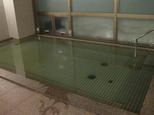 『ホテルおかべ汐彩亭』大浴場の湯船