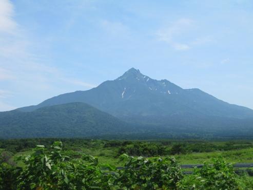 利尻島 大磯側から見た利尻山