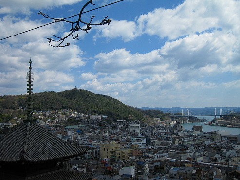 広島観光/広島県尾道/天寧寺海雲塔にある三重塔