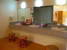 広島県 鞆の浦/仙酔島 江戸風呂体験!脱衣室 洗面台