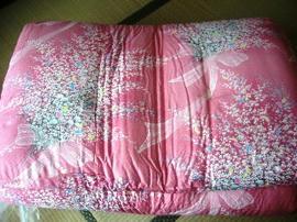 敷き布団ピンク