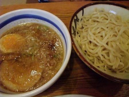 常勝軒 つけ麺 小 (麺200g)