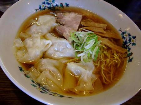 雷文 ワンタン麺
