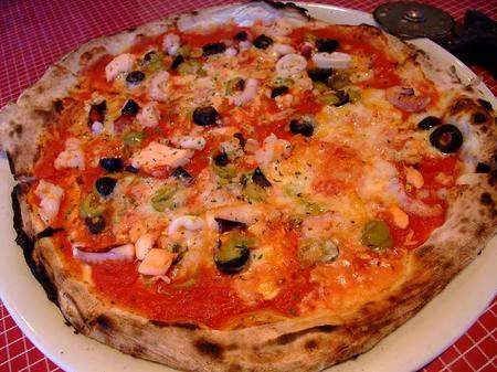 ナポリのかまど ピザ