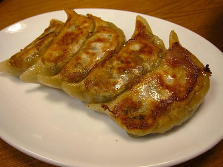 金春(コンパル) 餃子