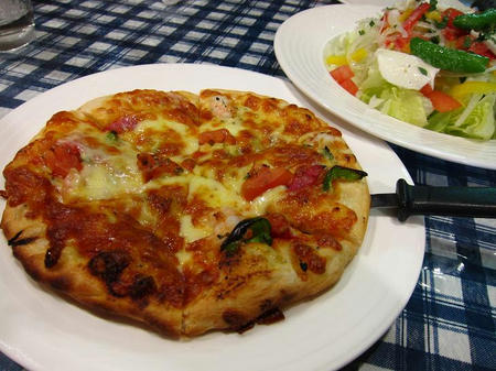 レストラン ピック ミックスピザ