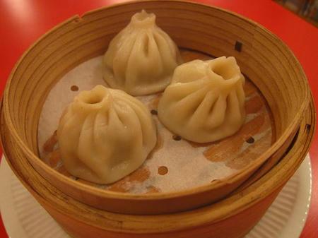 老虎麺飯城 小龍包