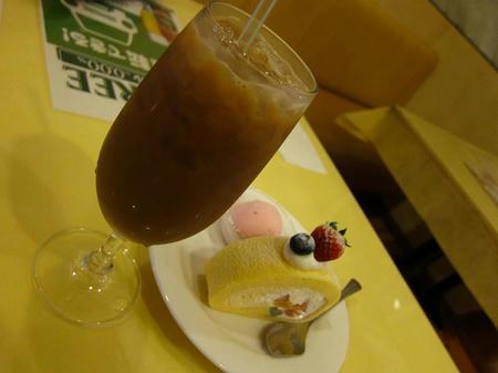 イタリア亭 アイスコーヒーとケーキ