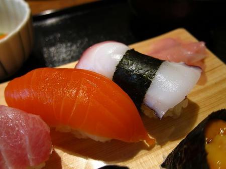 光駕 上にぎり寿司 サーモン タコ