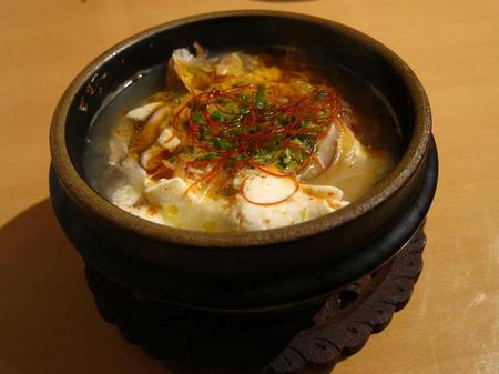 カフェ&ダイニング gurumi おぼろ豆腐とあさりの辛口チゲ