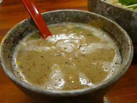 豚骨らーめん れん 燻つけ麺スープ