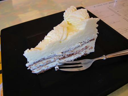 バンビーノ ホワイトチョコケーキ