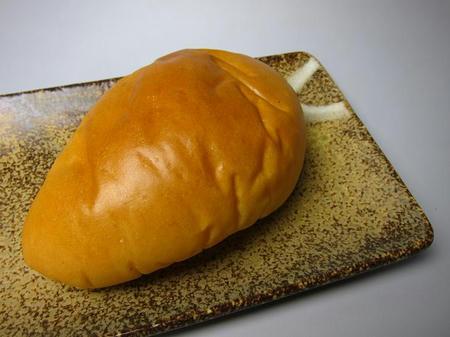 ベッカライ小屋 でいたらぼっち いちごジャムパン