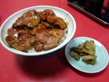 広東料理 太湖 肉丼