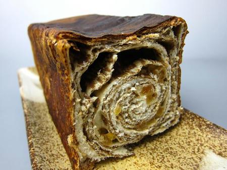政次郎のパン はちみつ黒糖パン