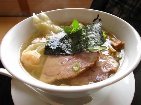 麺処 みどり わんたん麺(海老)+味玉