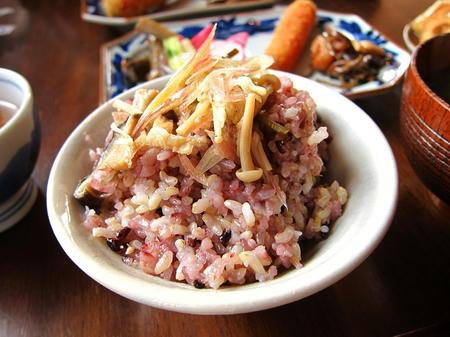 Omoya Cafe&Lunch 玄米ごはん