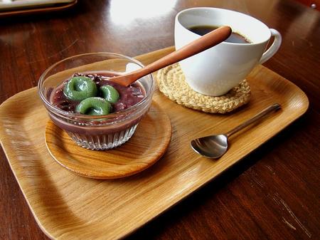 Omoya Cafe&Lunch よもぎ白玉ぜんざい&珈琲