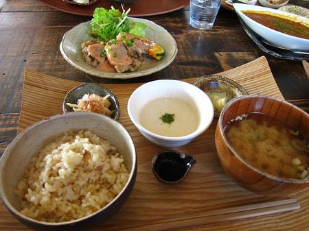 Cafe Cotatsu とろろ定食