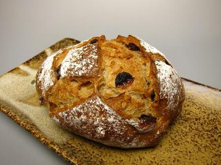 パン工房 麦仙人 フルーツライブレッド