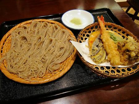喉越しの蕎麦晴朗 天ぷら付きそば