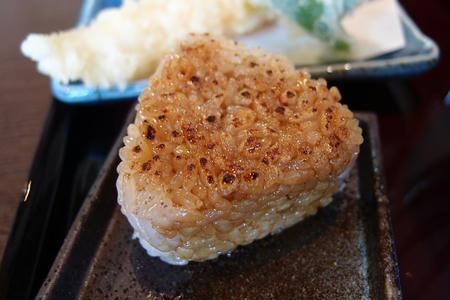 蕎麦 貴石