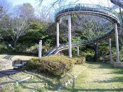 鳥羽山城すべり台.jpg