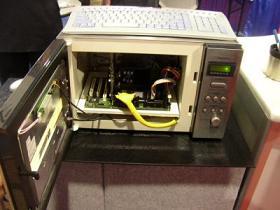 電子レンジ型パソコン2