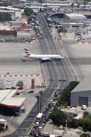 ジブラルタル空港3