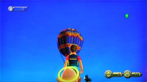 ウィルの影になってしまいましたが気球が浮いてます