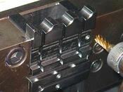 試験片の入る部分のフタポケット 0.01mm公差