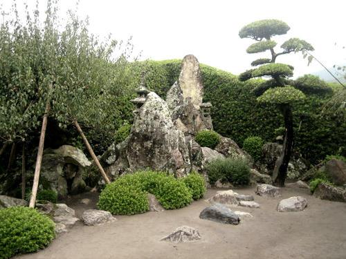 佐多直忠邸庭園