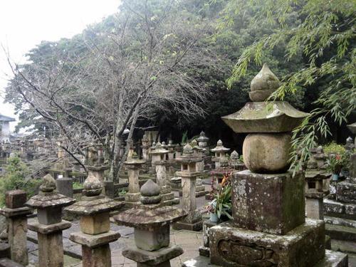 今和泉島津家墓所