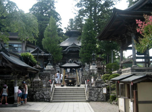平貞能公御廟