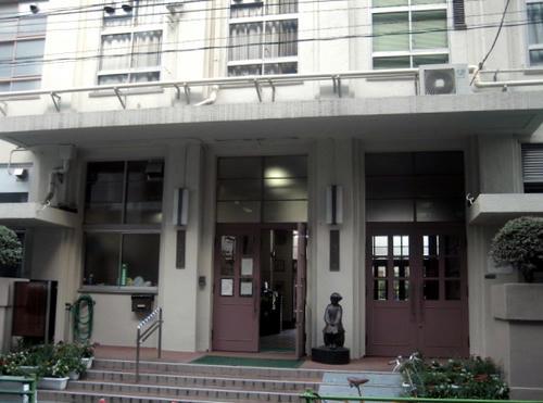 阪本小学校正門