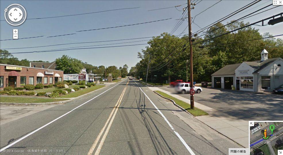 11マイルから12マイル 11.7マイル辺り。Wellesleyの町に... ボストンマラソンコ