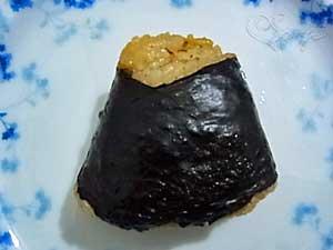 秋田のうまい!鮭しょっつる漬焼のおにぎり