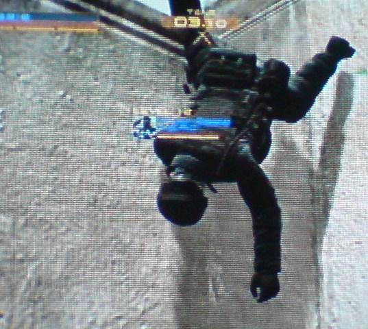 右膝ひとつで重力に勝ってるCryo-Eagleってどう?